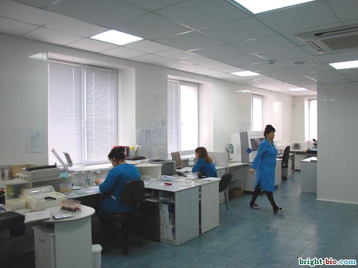 БРайт-Био лаборатория в работе. Технологическая зона.